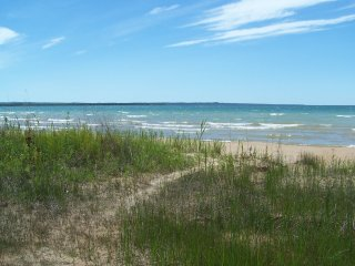 Historic Cottage on Best Beach in Mackinaw Area