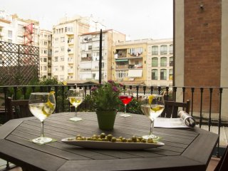 Sant Joan Terraza apartment in Eixample Dreta with WiFi, airconditioning (warm