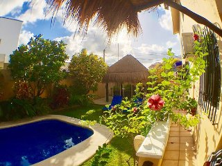 YOU WILL LOVE THIS VILLA, AFFORDABLE, WALK TO BEACH OR TOWN, AC/POOL & MORE!, Puerto Morelos