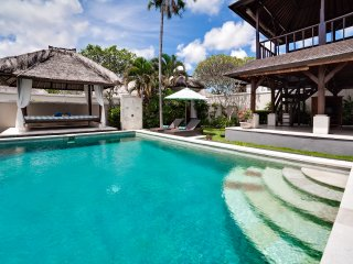 SPACIOUS 3BR Villa close from Jimbaran Beach