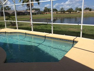 Disney 5 Minutes - 4/3, Private Pool, Hot Tub and Games ~ RA143112, Kissimmee