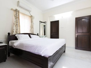Family Friendly 3-BHK Flat in Madhapur