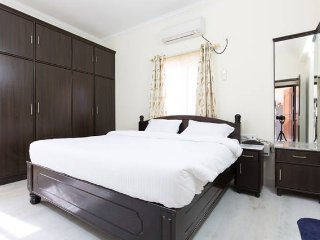 Short or Long stay at Madhapur with Fully Furnished