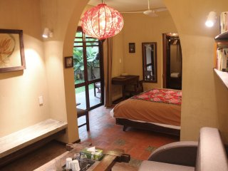 Garden View Studio - One-Bedroom studio with private, outdoor tub