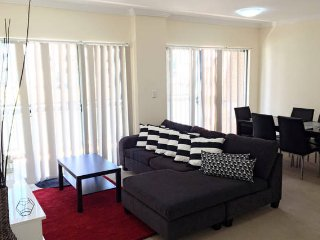 Beautiful 2 Bedrooms Apt in Pyrmont (Free Parking) (44, Sidney