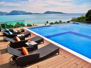 1 bedroom apartment overlooking Patong Bay