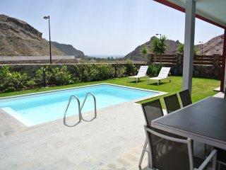 Villa Katarina, La Playa de Tauro