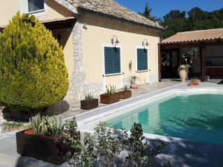 Cozy and comfortable country villa near the sea with a new pool, Castelvetrano