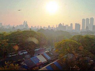 Spacious and Furnished 3BHK Apartment in Mumbai, Prabhadevi