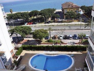 NONNA - Apartamento con 2 Piscinas en 1a Linea de Mar!!