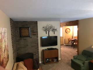 Updated townhome within walking distance to downtown, Ellicottville