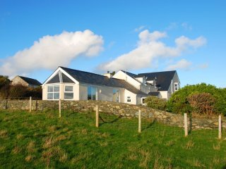 "Glan Rhyd Isaf - ""Gorgeous sea views!"", Holyhead"