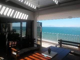 HarbourView Lodge 24 suikerbossie Drive, Gordons Bay