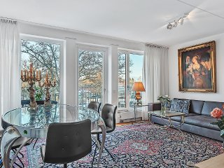 Beautiful 5 Bedroom Apartment, Gävle