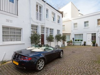 Light 4 Bedroom Quiet Family Mews House Roof Terrace Kensington Chelsea