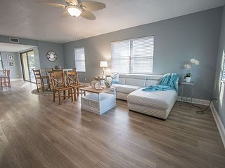 Barefooted Fish Condo C by beachhouseFL   Ask for last min specials NEW LISTING