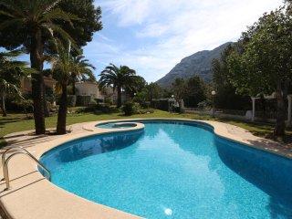 Santa Lucia belle maison avec piscine pour des vacances réussies en famille