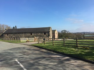 BAGNALL GREEN FARM, detached barn conversion, pet friendly, woodburner, in