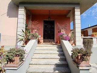 Casa cristina with private parking in center