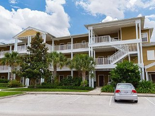 3 Bedroom Executive Penthouse Condo- Approx 10 Minutes to Disney