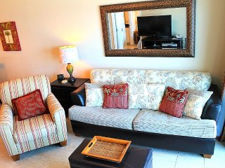 Crystal Tower! Great for couples and small familes. Beachside pool zone, Gulf Shores
