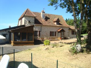 Rural farmhouse with 5 bedrooms, private pool, great views, in Midi-Pyrenees