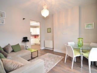 Beautiful two bedroom house sleeps 6, Bournemouth