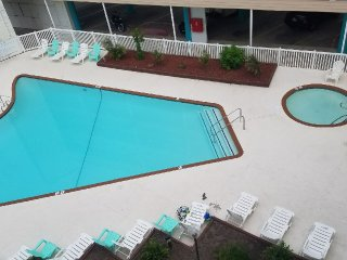 Epic Views, Beach Front, Luxury Accomodations, and Great Value Pricing!!