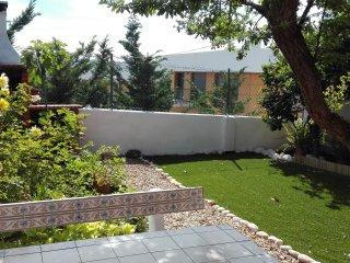 Oeiras Park Villa - Detached House