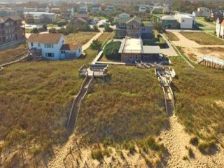 Nags Head Beautiful Oceanfront 4,9 or 13 bedroom has Luxury and Nags Head charm