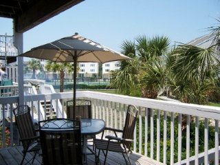 CAPE ESCAPE I - Barrier Dunes 67 - GULF SIDE END UNIT, Only 150 Steps to Beach