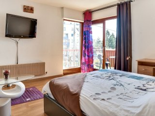 Beautiful sunny apartment near Geneva
