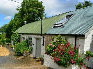 27853 Barn in Glastonbury