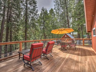 NEW! 2BR Pioneer Cabin w/ Huge Deck & Quiet Area!