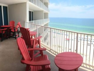 Beautiful Gulf-Front 3 king bedroom condo at Lighthouse - lots of amenities !