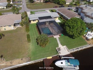 2 Bedroom Salt Pool Home on Intersecting Canal 2, Cape Coral