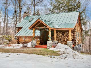 Moose Log Cabin ~ RA147203