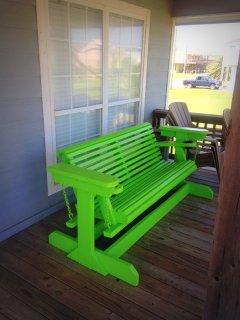 Chair,Furniture,Bench,Window,Restaurant