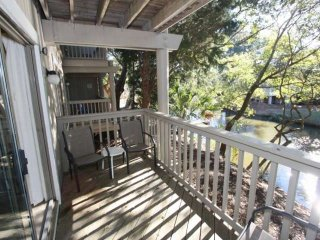 Spacious 2 BD/2 BA Lagoon Views in Wild Dunes-IOP, Isle of Palms