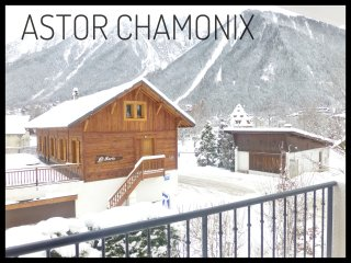 Astor Chamonix. Stunning panoramic view, Cham centre, Pkg & Wifi