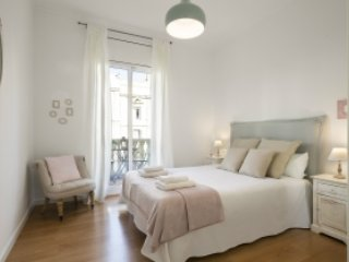 Lepant 3 Bedroom Balcony, Barcelona