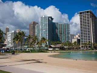 Waikiki Marina Resort at the Ilikai Suite Close to Waikiki Beach!