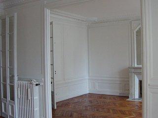 Luxurious Parisian 3bd apt in the 16th