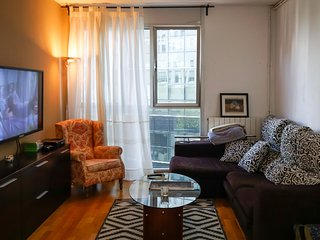 3 bedroom apartment in business area of Barcelona
