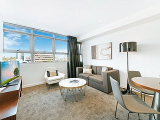 Modern New Apartment in Heart of Chatswood ARCH5