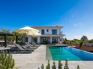 Top luxury, design interior, private infinity pool in Algarve Portugal
