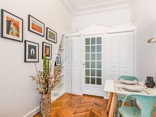 Nice studio for 2 near Louvre and Opera brand new!, Parigi