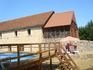 Lovely stone 5 bedroom barn, tastfully restored with private plunge pool