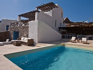 3 Bedroomed Villa /Private pool and sea vview In Mykonos,284, Mykonos Town