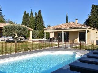 Villa de luxe 10 personnes avec piscine et cuisine d'ete equipee 'Comme un Chef'